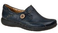 Clarks Unstructured Women's UnLoop Slip-On Review image